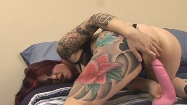 Tattooed Curvy Cougar Solo
