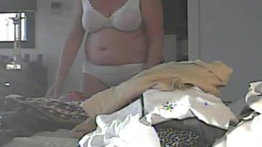 voyeur wife Donna Andmore on hidden cam