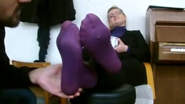 mature smelling feet