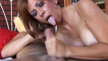 Super hot old spunker is such a hot fuck and loves 2 eat cum