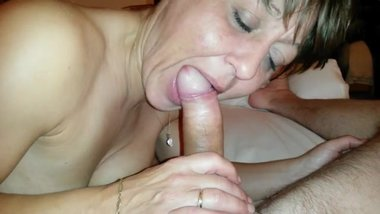 British milf sucking cock