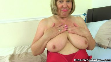 British grannies Trisha and Amanda fuck their dildos