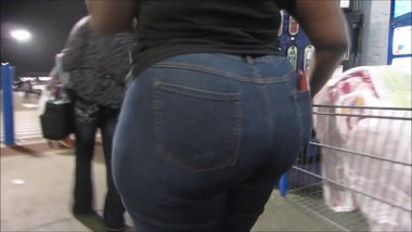 Huge Booty Blue Jeans 3