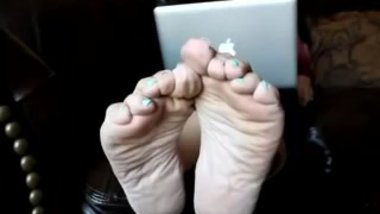 Sexy Mature Wrinkled Plump Soles