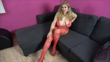 SPANISH PORNSTAR MILF WITH BIG TITS OPENS NEW WEB