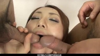 Yuu Shiraishi moans with a big dick in her cherry
