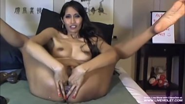 Sexy asian milf Deb fucks her creamy pink pussy and asshole on wedcam