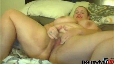 BBW MILF with big butt