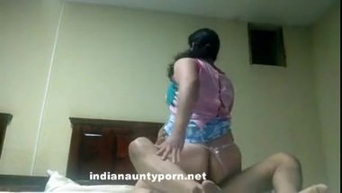 Indian Milf Enjoy Riding