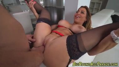 Bigass curvy latina nailed after sucking on big hard schlong