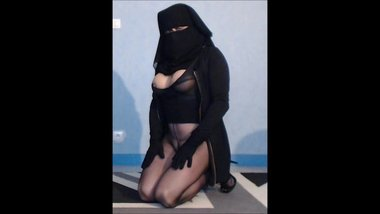 bitch muslima in niqab