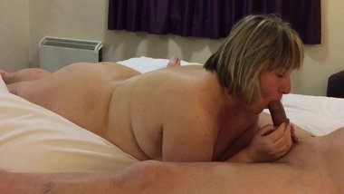 British housewife sucks her lovers cock in a hotel room