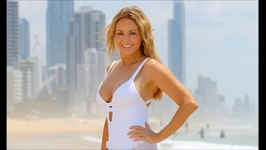 Carol Vorderman Swimsuit MILF